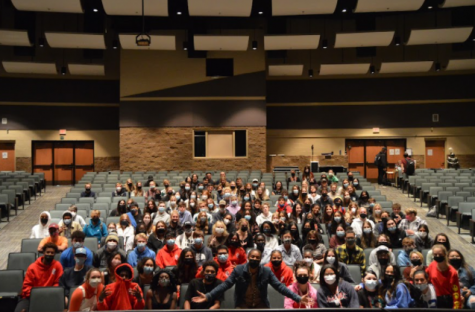 Tiffany Haddish gathers with Students Spreading Culture following her session at Pine Creek.
